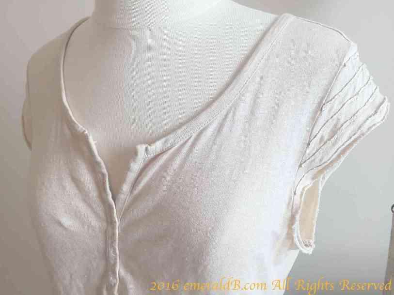 Rey's Henley Shirt Close-up