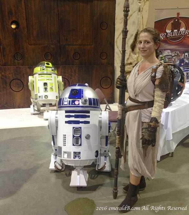 Rey R2 Builders