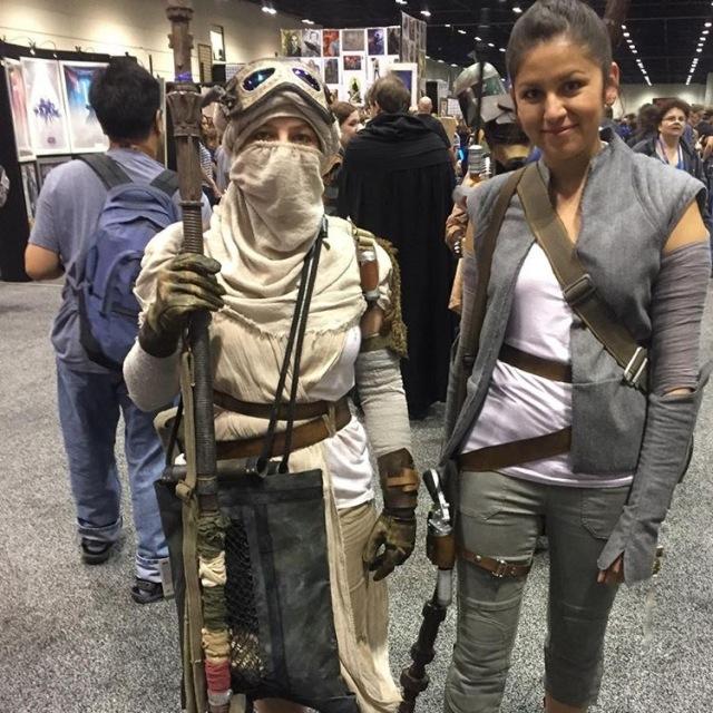 Rey Costumes